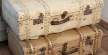 Old suitcase collection / Beautiful old suitcase collection