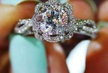 Jewelry / by Rudi Gibson