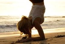 yoga / by - Mar y Tierra -