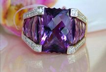 Amethyst / Amethyst is a beautiful coloured gem but is said to have healing power.  The catch, like JADE, it must be given to you.