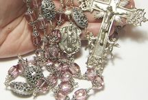 Rosaries / I love their look, esp the Vintage ones. I have been collecting them my whole life