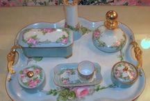 Vintage vanity sets