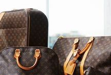 Louis Vuitton / Louis Vuitton at Kaplans Auktioner and images from Others