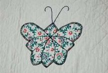 Butterfly Bliss / Favorite butterfly quilt blocks, quilting motifs and quilts -- another quilt project on my bucket list. I have a soft spot for vintage patterns and fabric.