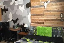 Wood Pallets Ideas,Wood Pallet Furniture / Use your imagination & use wood pallets!