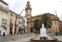 Pego / Pego se encuentra en la comarca de la Marina Alta, en la zona  interior del norte de la provincia de Alicante. Dista 100 km. de  la capital y 90 km de Valencia... Fuente: Pego i les Valls -  http://www.pegonatura.es/