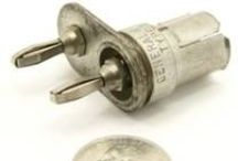 General Radio Connectors, Adapters, and Cables / GR-900 and GR-874 series connectors were designed by the General Radio Corporation. The GR-900 connectors are a higher performance version of the GR-874 connectors. GR-900 and GR-874 connectors are a unisex connector type.
