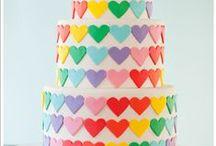 Bolos Arco-Íris / Inspiração em diversos artistas e ateliers de cake design do Brasil e do mundo.