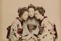 Japanese Geisha's and Kids