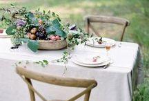 """""""at table""""...na mesa / #table settings #table decorations#tableclothes#napkins#table scape#table#centerpieces#floral#assiettes#piatti#ceramics#louças#ceramicas#toalhas de mesa#roupa de mesa#guardanapos#centros de mesa / by usinaZEN ."""