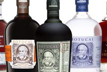 Botucal Rum – Diplomatico Rum / Wenn es um südamerikanischen Rum geht, ist Botucal seit Jahrzehnten eine Legende. Mondäner Lifestyle, Tradition und Genuss vereinen sich hier mit Charme. Tauch mit uns ein in eine Welt mit Stil. Cocktails gibt es natürlich auch.