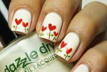 Beauty& Nails / by Yasemin Demirbas