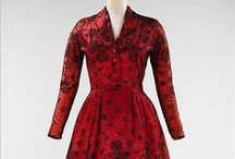 Vintage dresses, gowns and bridals (1940-1949)