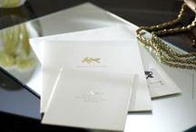 Hochzeitspapeterie / Alles in einem Design-Look! Ganze Hochzeitskarten Sets: Save-the-Date Karten, Einladungskarten, Tisch- und Menükarte, Danksagung, Gästebuch ... und wer will bekommt noch eine eigene Briefmarke passend zum Design seiner Einladung.
