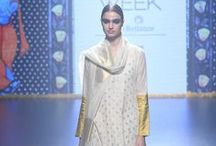 Gaurang Shah Lakme Fashion Week Winter/Festive 2016 / Gaurang Shah is known for creating banarasis in metallic hues. He stuck to his signature style for LFW Winter Festive 2016 show. Our two bit: Drapes are perfect for the festive season and great for a bride's trousseau collection. Bridelan - Personal shopper & style consultants for Indian/NRI weddings, website www.bridelan.com