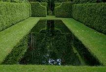 Woda w Ogrodzie / Elementy wodne w ogrodzie. Wodospady, kaskady, kanały, oczka wodne; Water features in garden