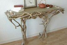 Caractère naturel - Driftwood / Bois flotté by Benoit Galloudec / Bien plus qu'une simple brisure d'arbre, le bois flotté, ce bois perdu est le fruit de la rudesse de la nature; il a une histoire…