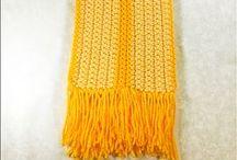 BUFANDAS DE CROCHET / Patrones de bufandas tejidas a ganchillo para usar todo el año, desde las tradicionales para el Invierno como aquellas modernas y prácticas para el Verano.