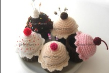 Crochet - Mini Cupcakes / Inspired by my own Mini Cupcake pattern - I wanted to find variations of the Mini Cupcake!