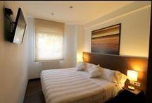 Habitación MONTE ORIAMENDI / Habitación Doble Exterior con baño. Posibilidad de uso como habitación individual. Camas FLEX Multielastic.