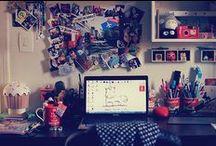 Girl's Room! / G - I - R - L - S           R - O - O - M