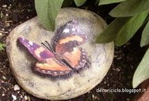 farfalle / Le farfalle, leggiadre ed effimere creature: sia vere che realizzate creativamente con ogni materiale e stile.