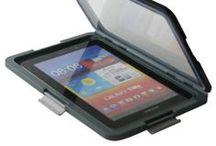 Our products | beschermhoezen voor tablets / Beschermhoes voor je tablet. Beschermt tegen schokken en beschadigingen. Waterdicht tot 1 meter diep.