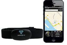 Our products | Accesoires en bevestigingen / Accessoires en bevestigingen om je telefoon en tablet veilig te bevestigen. Waterdichte koptelefoons.