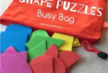 Busy Boxes and Busy Bags / Busy boxes and busy bags for toddlers and kids. Perfect for quiet time, when toddlers drop their nap or to keep children occupied during homeschooling and nursing