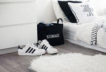 Color Black/White