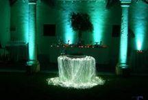 Per il tuo matrimonio / Villa Carpe Diem si trova nella campagne tra Faenza e Castel Bolognese. Adatta per qualsiasi cerimonia, dal banchetto nuziale, alla cena aziendale, dal compleanno al battesimo. Dispone di un salone interno unico con veranda per una capienza interna complessiva di 270 posti. Ampio parco con piscina delimitata per svolgere banchetti all'esterno. Per qualsiasi informazione 0546/52064 Marcello