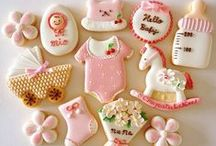 Cakes - Baby Shower / by Caroline Rainbird