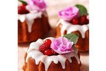 Cake / sweet  foods