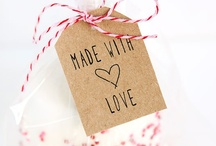 Pretty Free Prints / Free printables and other goodies with lovely designs.