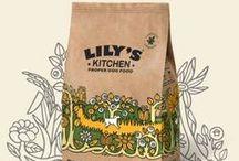 Lily's Kitchen   for dogs / Η υπόσχεση της Lily's  Τροφές χωρίς δημητριακά και χωρίς κρεατάλευρα  Φυσικά συστατικά  Πιστοποιημένη οργανική σειρά  Ολιστικές συνταγές  Εγκεκριμένη από κτηνίατρους & και διατροφολόγους  Διατηρεί το ζώο σας υγιές, μέσα & έξω