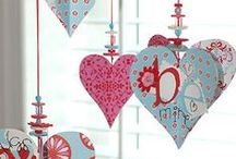 Valentine DIY Crafting Ideas / Easy fun beautiful DIY ideas and projects for Valentine's Day