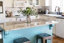 Spaces - Kitchen / by Liz Hofacker (Vallis)