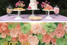 Wedding Food & Snacks / Ideas for wedding dessert table, snack table, finger foods & appetizers
