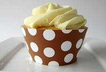 cupcake/cookie boxes, wrappers, toppers & display / by Debbie Brown
