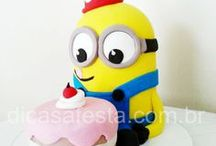 MINNIONS CAKE DESIGN - MINNIONS PARTY / Bolo em pasta americana Minions! #minionscake, #mininosparty, #dicasafesta, #cakeparty, #minions