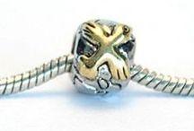 Gyldne øjeblikke / Guld og sølv charms til Pandora og Troldekugler