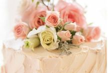 Wedding Cakes / Wedding cake ideas that show your personal bridal style.