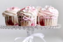 Cupcakes / Inspiration and ideas for anyone who loves cupcakes.