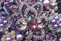 Vintage Bling / Inspiration for anyone who loves Vintage jewels and all the sparkle.