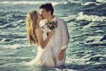 Beautiful Beach Weddings & Gowns / by Kezzy & Kaylee