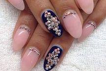 Nails / .