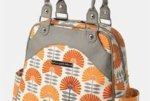 Orange Diaper Bags / Need to find some trendy orange diaper bags? No problem! We have lots of them here, take a look!
