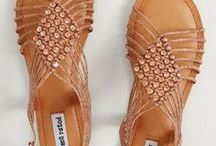 Women's Shoes   High Heels, Sneakers, Sandals / Looking for stylish high heels or pumps? How about comfortable sneakers, sandals or wedges? Maybe classic flats or fashionable shoes for work. No problem! You'll find all of them below. Even cushioned running shoes!
