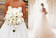 Bouquets and Boutonnières / Bouquet and boutonnière inspiration from real HLR brides and grooms!