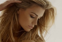 Hair and Make-up Must Haves / by Rebecca Savage